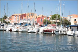 Bouzigues port